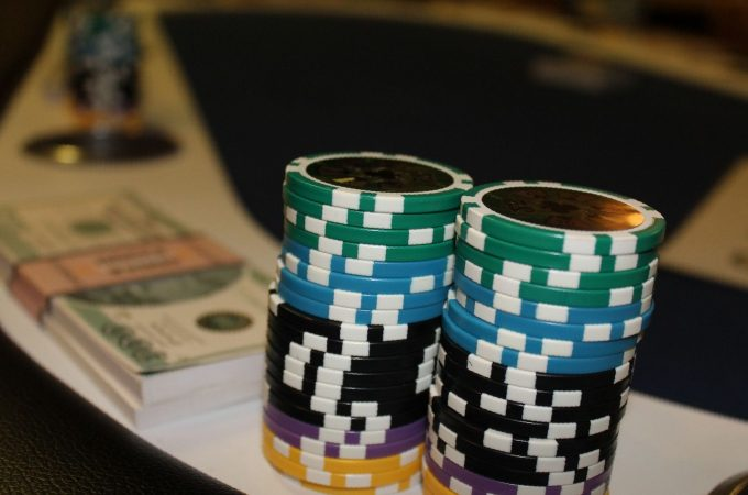 Kasino Online – Cara Anda Menghasilkan Uang dari Bermain Game Kasino